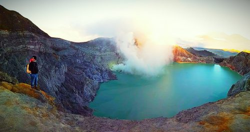 bromo ijen crater tour from surabaya