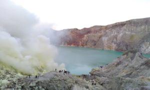 ijen crater tour 22