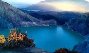 picture-ubud bali ijen crater tour
