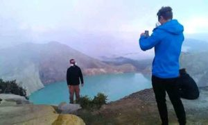 Malang Ijen Crater Tour 2 Days